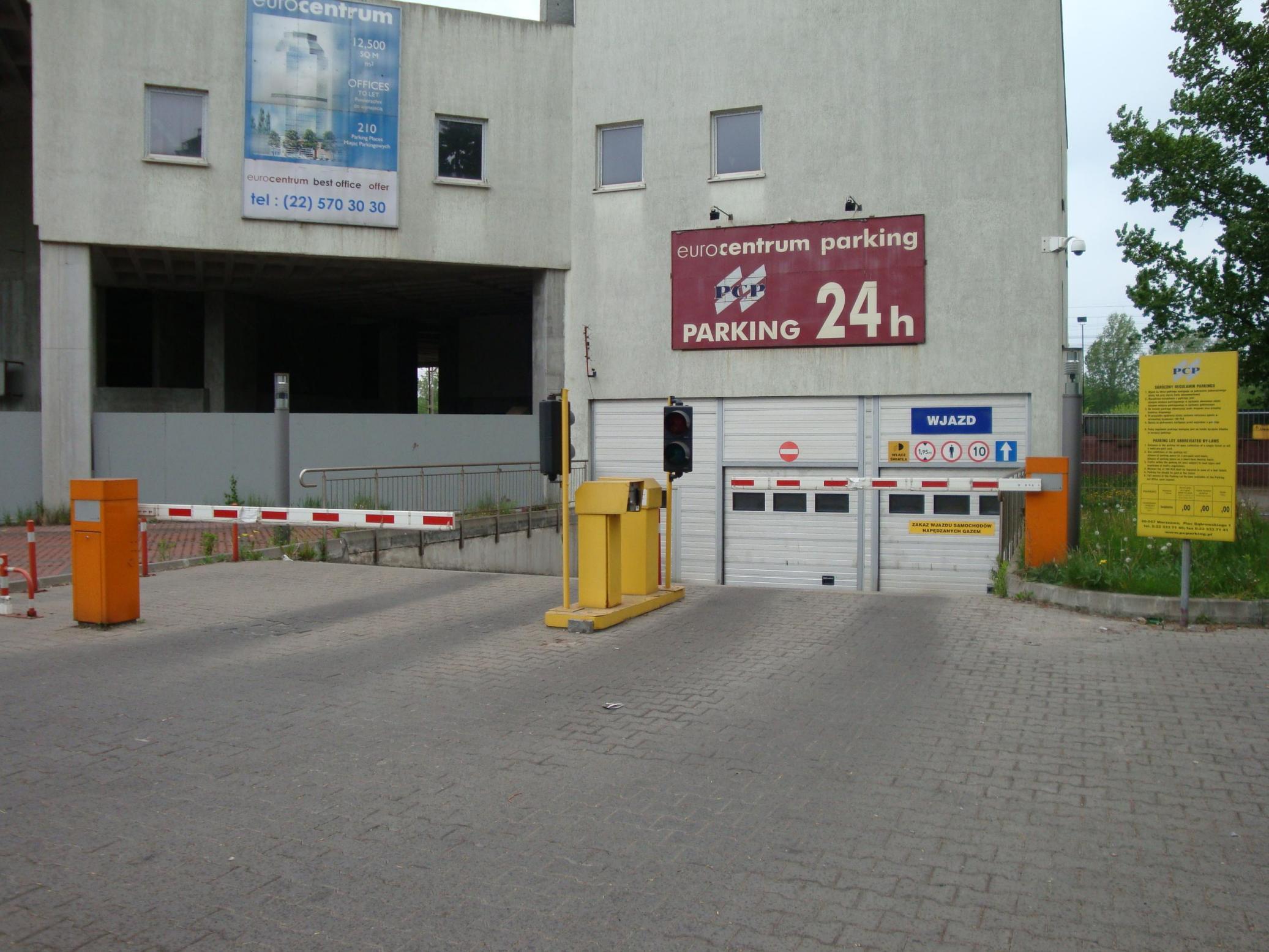 Roba Eurocentrum Warszawa system parkingowy 2